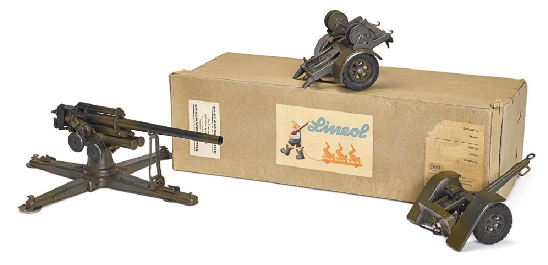 Lineol painted tin 8.8 flak cannon