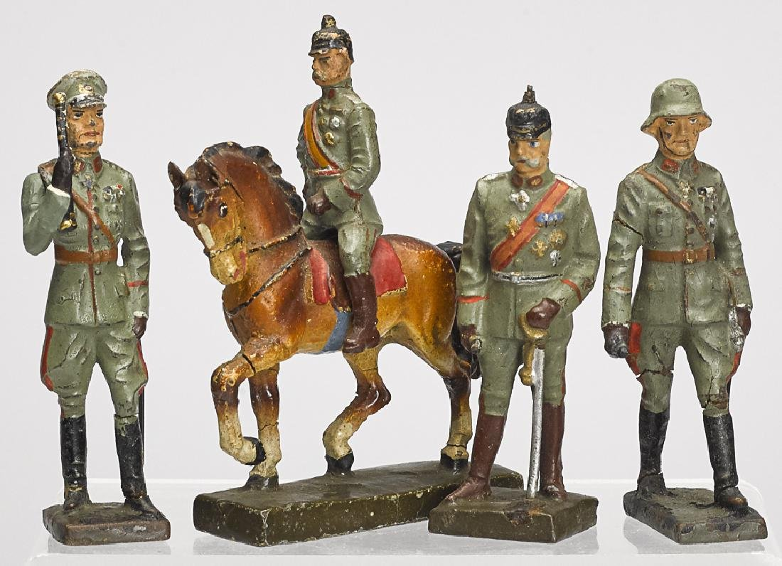 Four Lineol painted composition soldiers