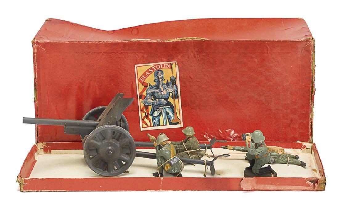 Elastolin painted tin field gun soldiers