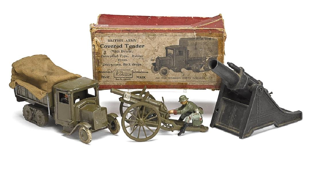 Britain's covered tender truck and two guns