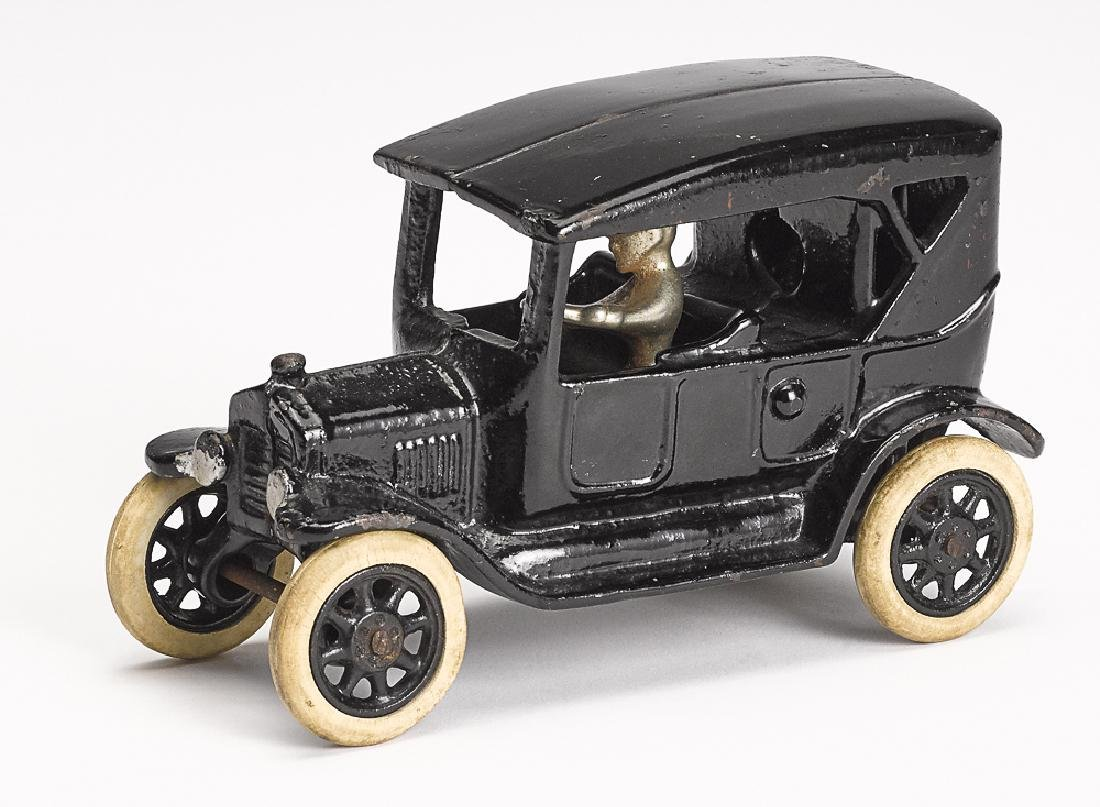 Arcade cast iron Ford touring sedan bank
