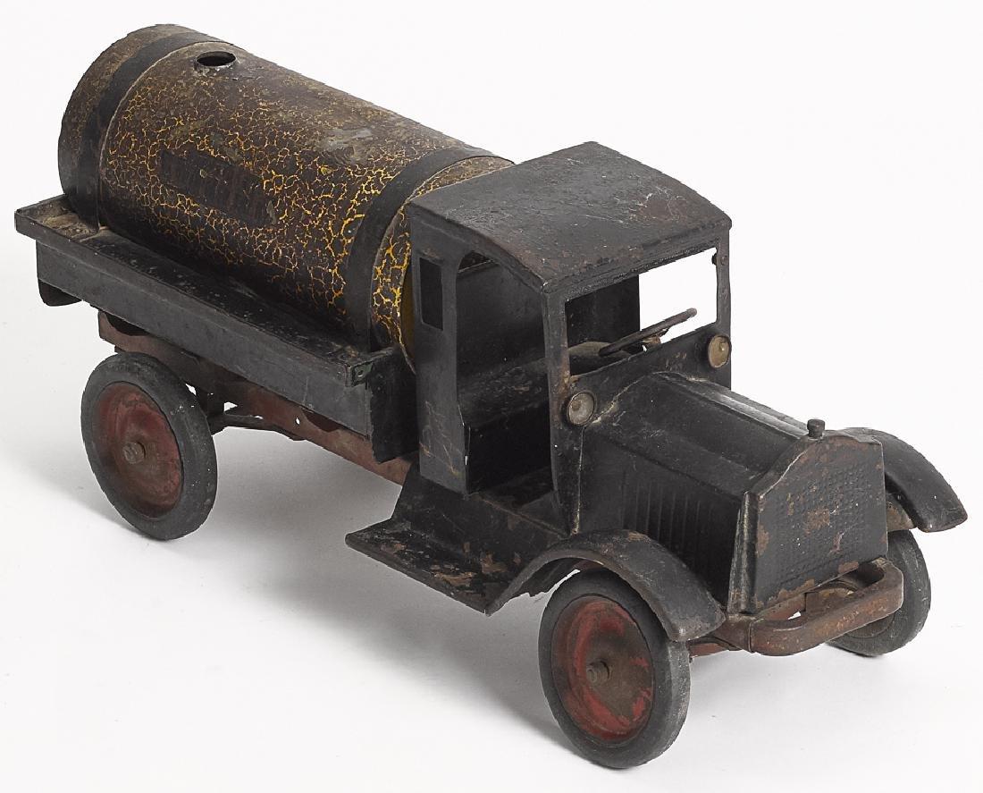 Keystone pressed steel sprinkler truck