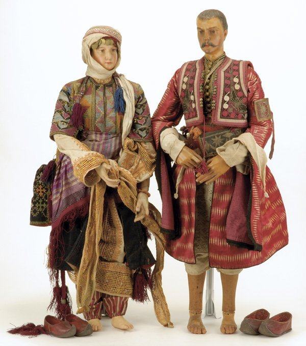 104: Pair of Outstanding Middle Eastern Exhibition Doll