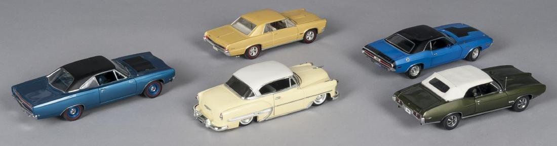 Five contemporary scale model cars - 2