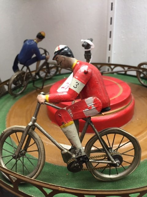 French painted tin clockwork bicycle race toy - 2