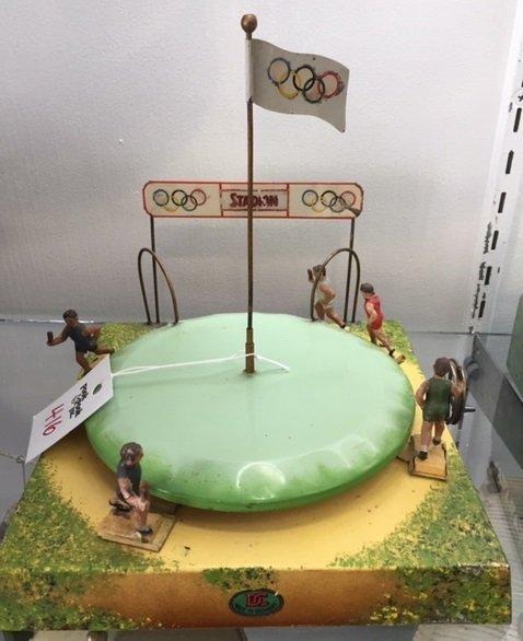 Doll & Cie Olympic Stadium relay race steam toy - 3