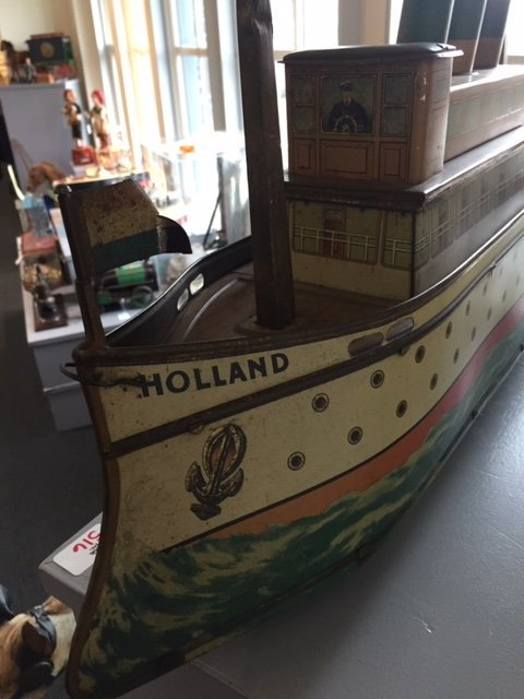 Holland ocean liner biscuit tin pull toy - 7