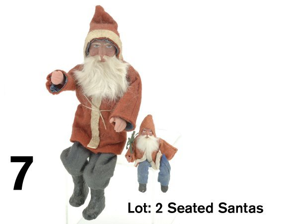 7: Lot: 2 Seated Santas