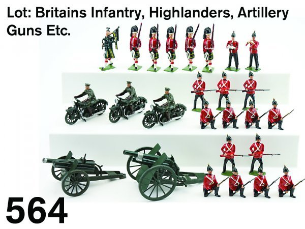 564: Lot: Britains Infantry, Highlanders, Artillery Gun