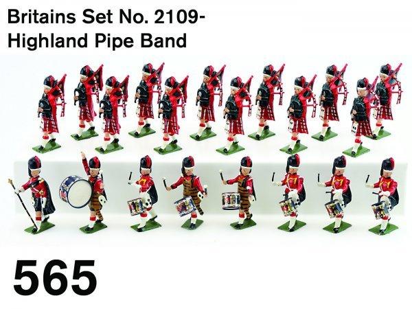 565: Britains Set No. 2109-Highland Pipe Band