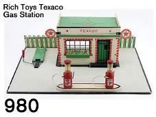 980 Rich Toys Texaco Gas Station