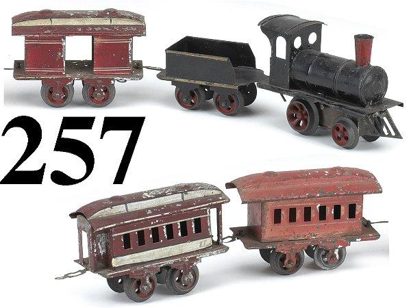 257: Early Ives O Gauge Passenger Set