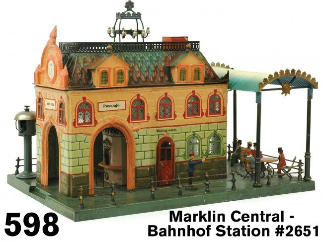598: Marklin Central - Bahnhof Station #2651