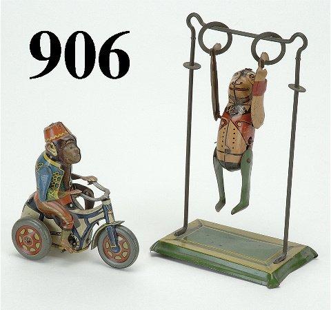906: Lot: 2 German Monkey Toys