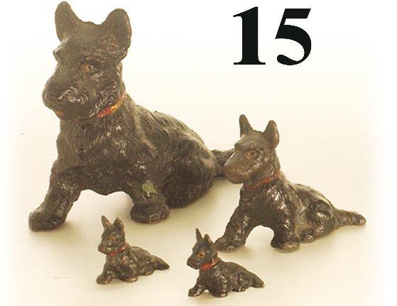 15: Lot: 4 Hubley Scotty Dogs