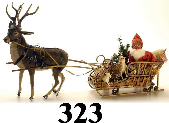 323: Large Sleigh with Santa & Raindeer - man