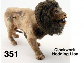 Clockwork Nodding Lion