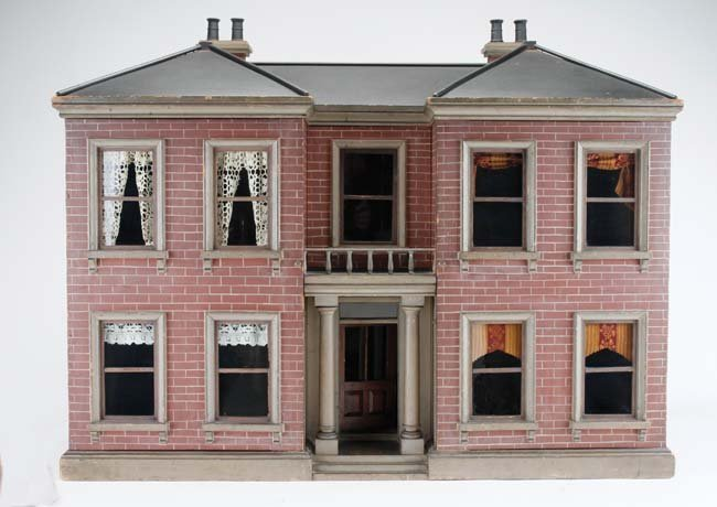 English Manor Dolls' House