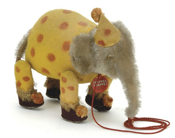 158: Bing Trippel Trappel Clown Elephant Pull Toy
