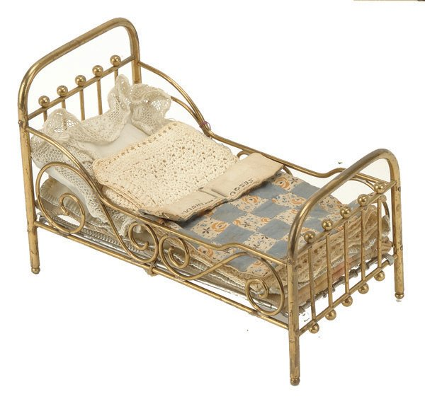 323: Marklin Brass Bed