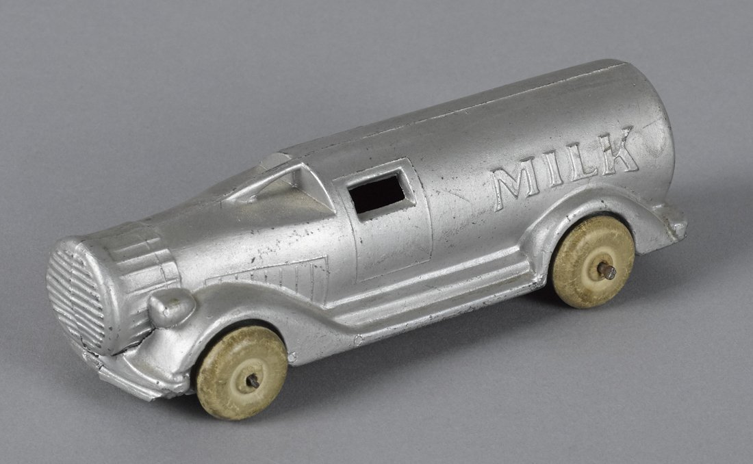 Slush metal milk bottle truck, 5'' l.