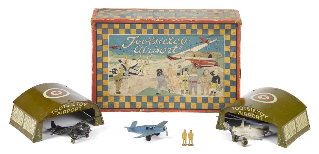 Tootsietoy Airport diecast play set, in its o
