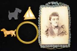 Bakelite Lot  Victorian Frame