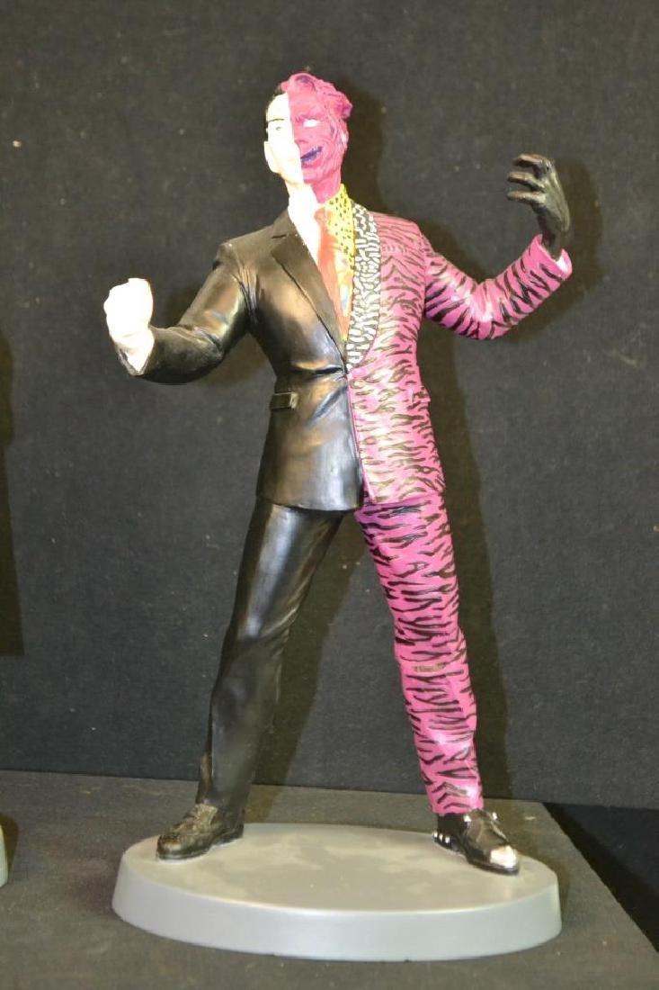 1995 Robin & Joker & 1994 Batman Resign Figures - 4