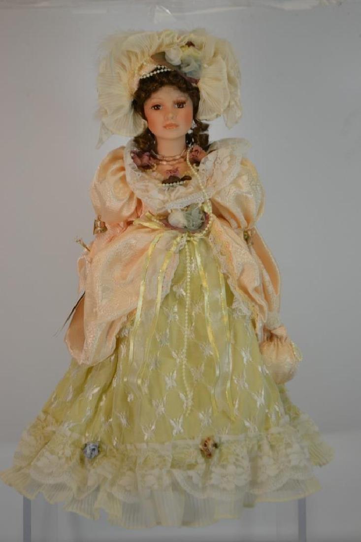 Ivana, Heirloom Dolls # 2218/15000