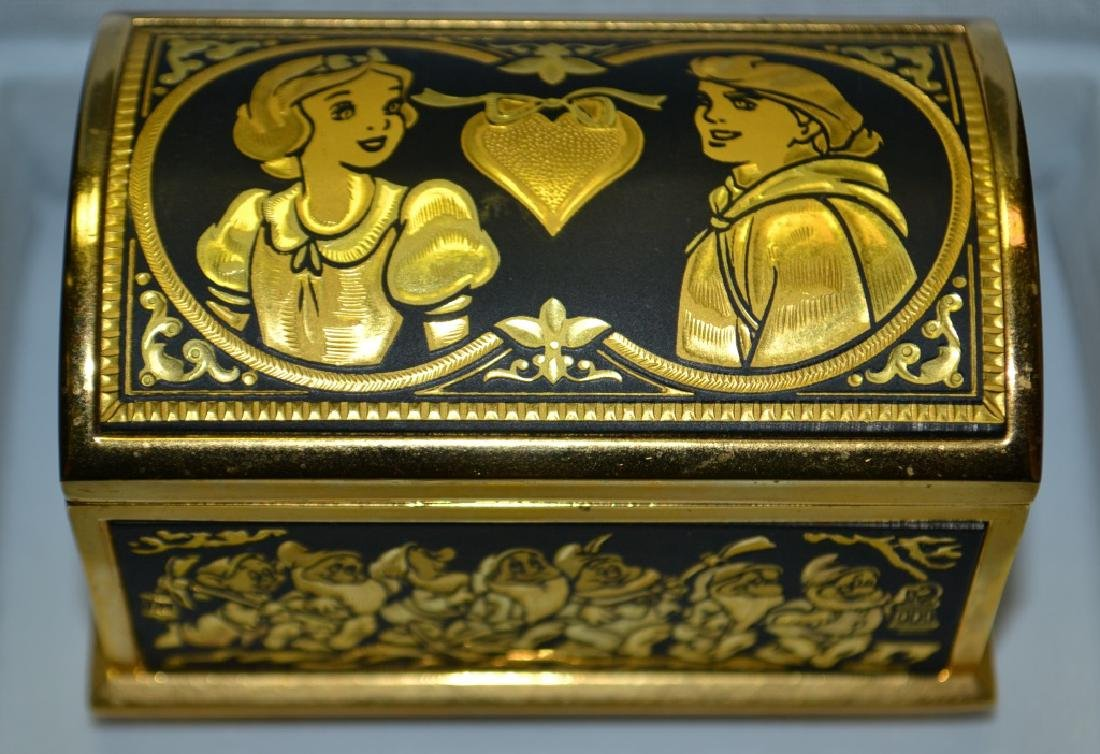 Walt Disneys Snow White Jewelry Casket by Anframa