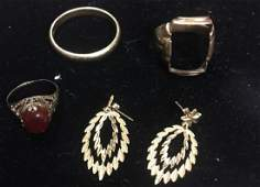 Grouping of Misc 10k 14k Yellow Gold Jewelry