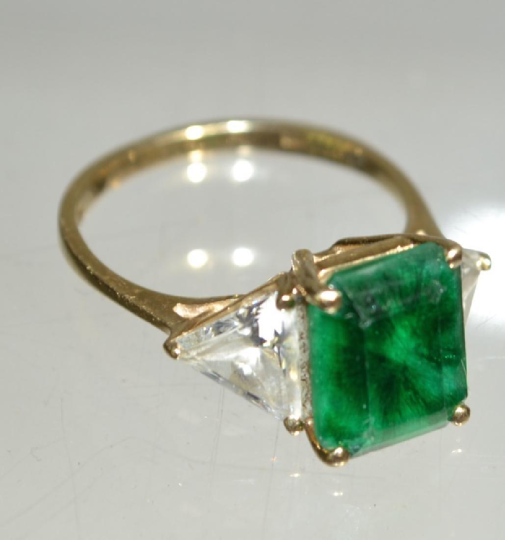 14K Gold Ladies Emerald Ring