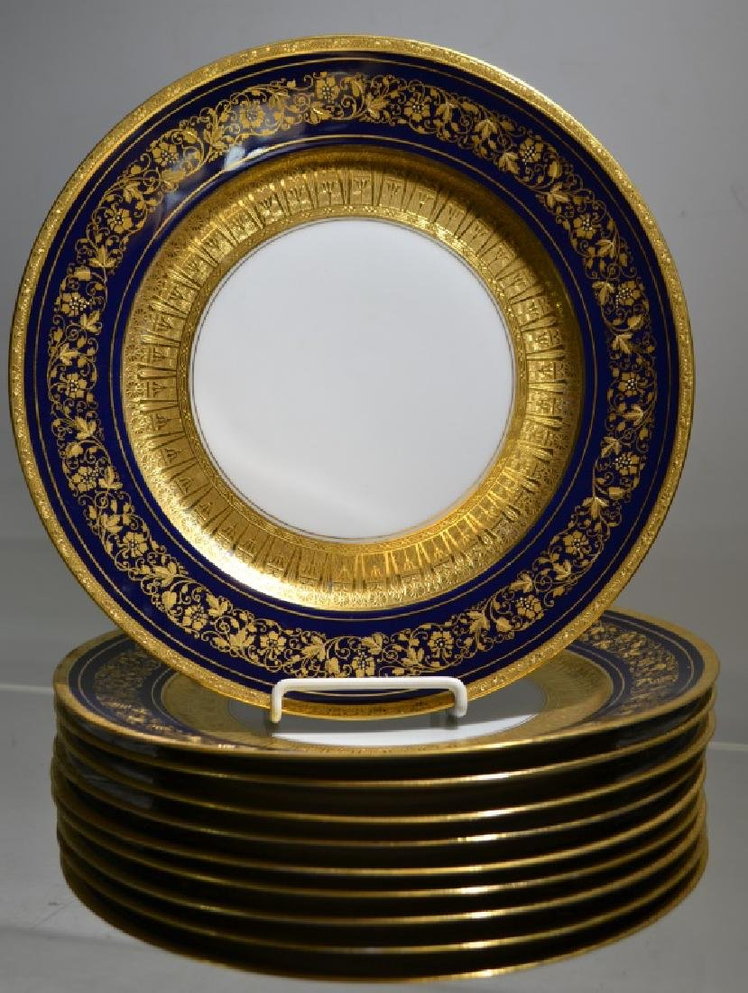 A Set of Bauscher Bavarian Dinner Plates