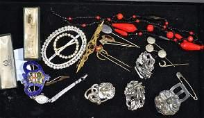 Grouping of Art Nouveau Jewelry