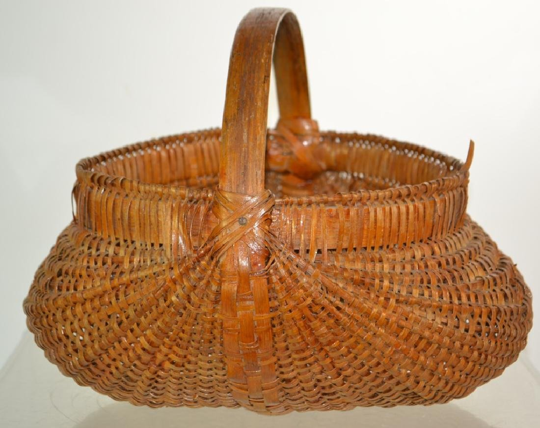 Vintage Buttock Basket