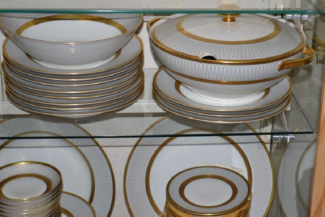 """""""Heinrich"""" Mid Century Dinnerware Set - 4"""