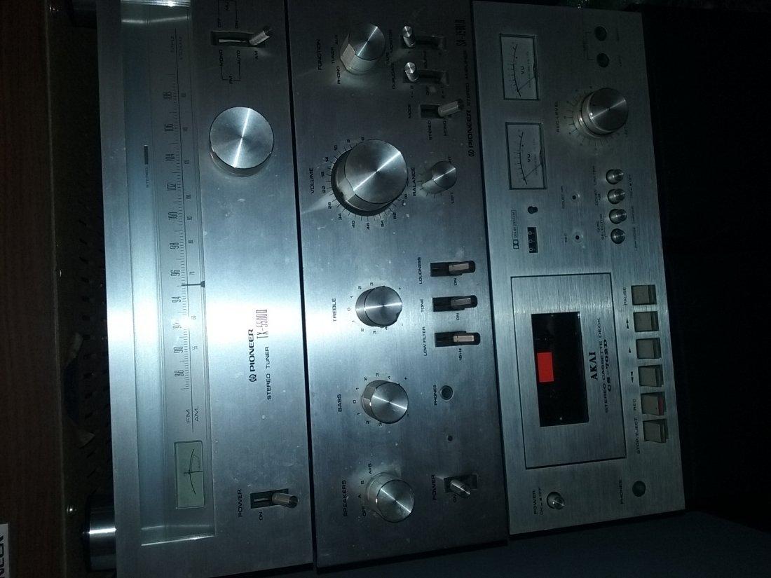 Vintage Pioneer Stereo System - 7