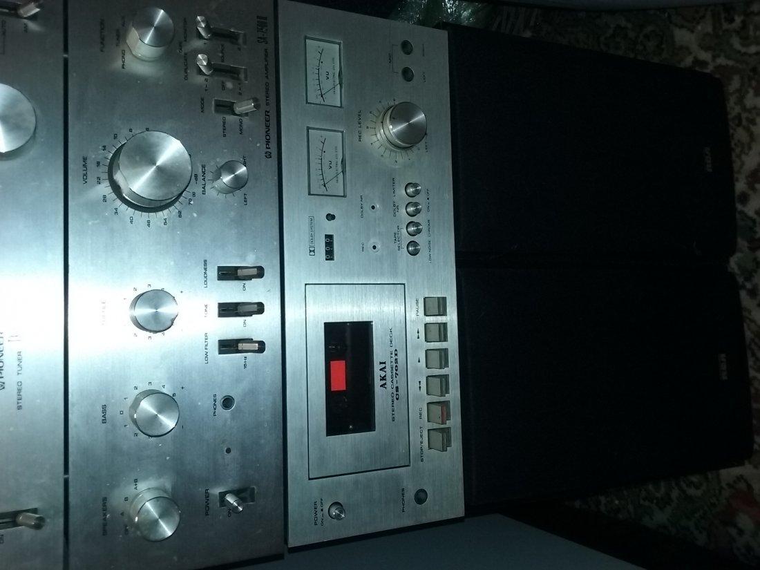 Vintage Pioneer Stereo System - 8
