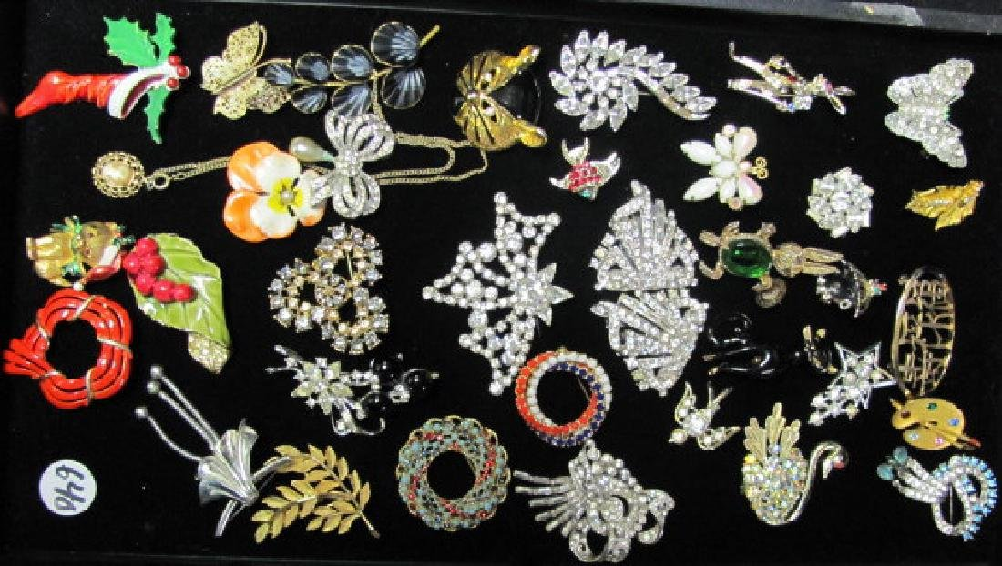 Vintage Brooch Grouping/Rhinestones