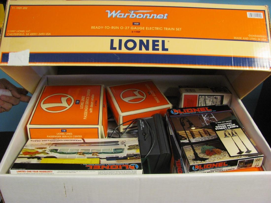 Lionel Electric Train Set - Warbonnet