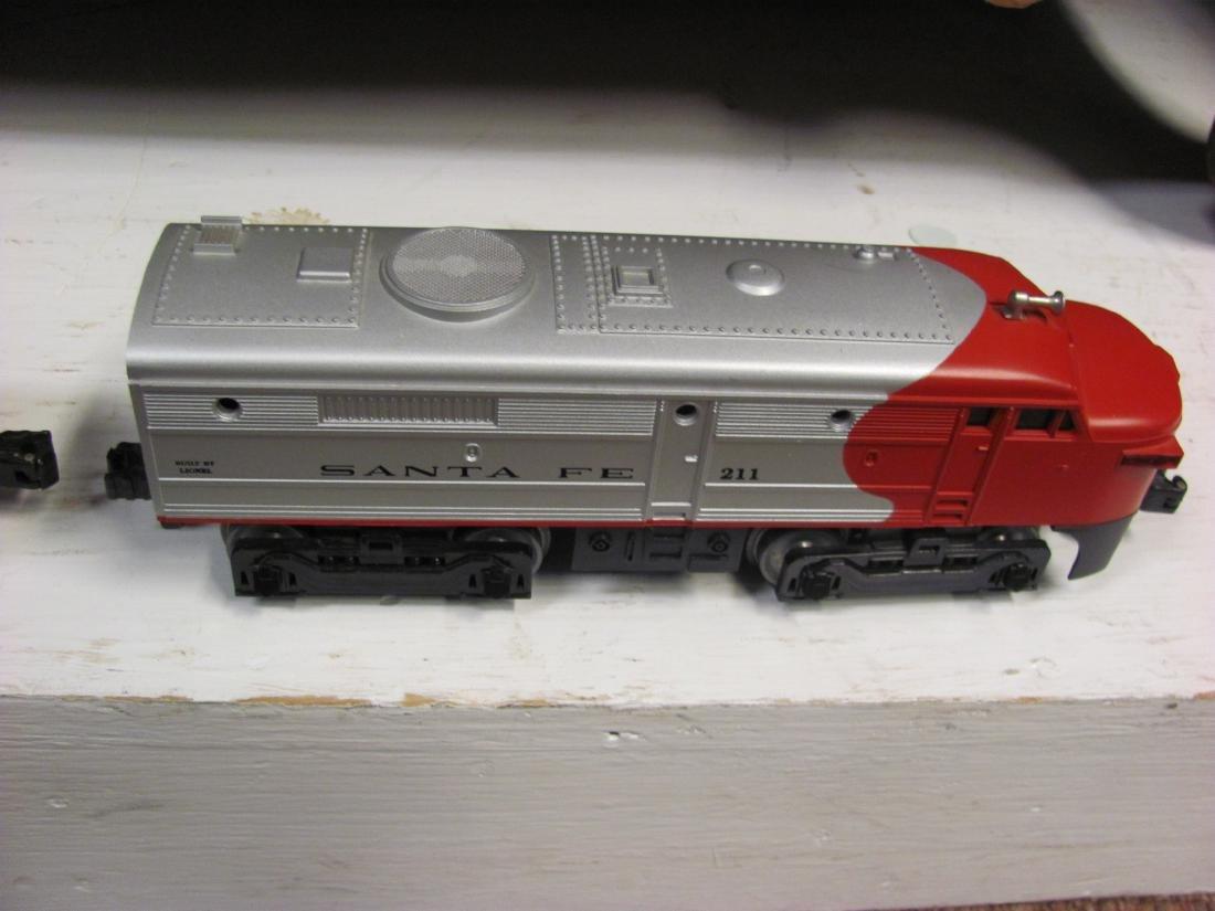 Lionel Electric Train Set - Warbonnet - 4