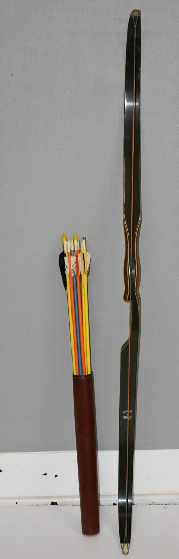 """""""Bear"""" Grizzly Recurve Bow with Arrows"""