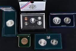 5 US Mint Commemorative Coin Sets/Medal