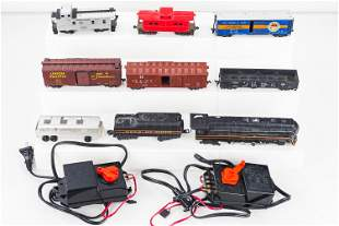 Lionel HO Scale Train and Cars