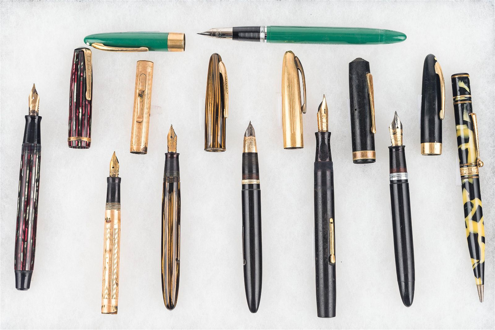 Vintage Fountain Pens With 14k Gold Nibs.