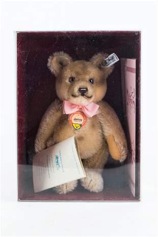 """Steiff """"Jackie"""" Teddy Bear"""