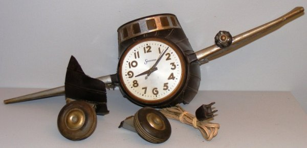 21: WWll Era Air Plane Clock with Photos