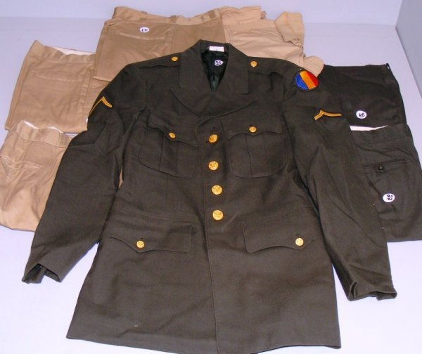 "27: Vietnam Era U.S. Army ""Class A"" Dress Greens"