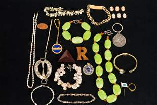 Stone and Pearl Jewelry Collection