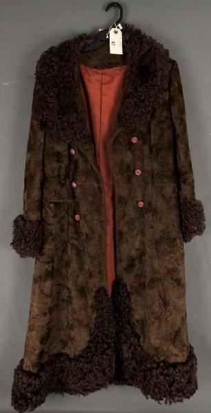 13: Vintage Clothing-crushed velvet jacket with fur